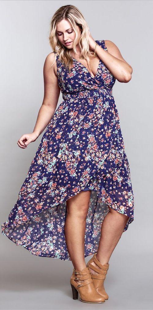Hay algo muy sexy en un vestido hi-lo estampado.