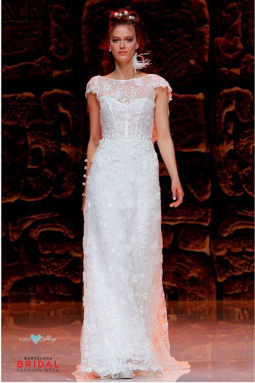 El detalle de la alta costura y lo artesanal se unen en esta colección de vestidos de novia de Inmaculada García 2019.