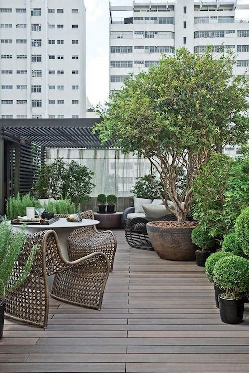 Celebra tus nupcias en una terraza rodeada del encanto de la ciudad.