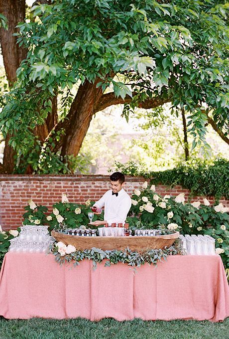 Embrace the natural setting, let your imagination fly and make sure you follow at least some of these steps to plan a backyard wedding that is the GOAT!