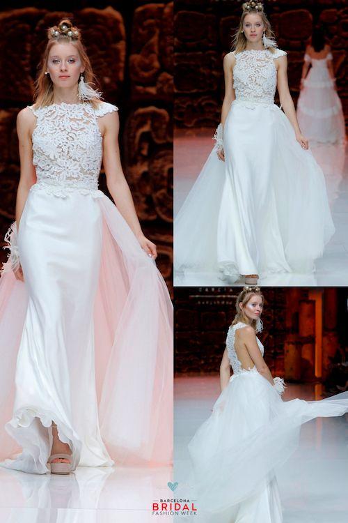 Este vestido merece ser visto desde todos los ángulos posibles. Inmaculada García.