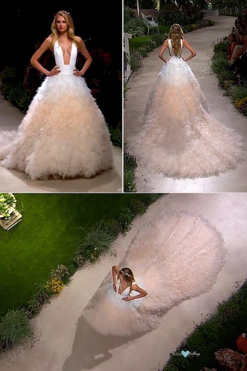 """Vestidos de novia de la colección Pronovias 2019, """"In Bloom"""" en directo desde el Barcelona Bridal Fashion Week."""