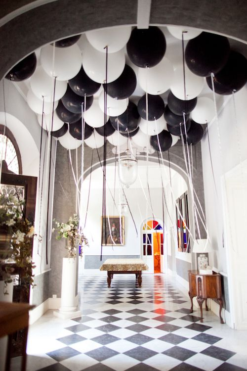 TD wedding balloon decor ideas.