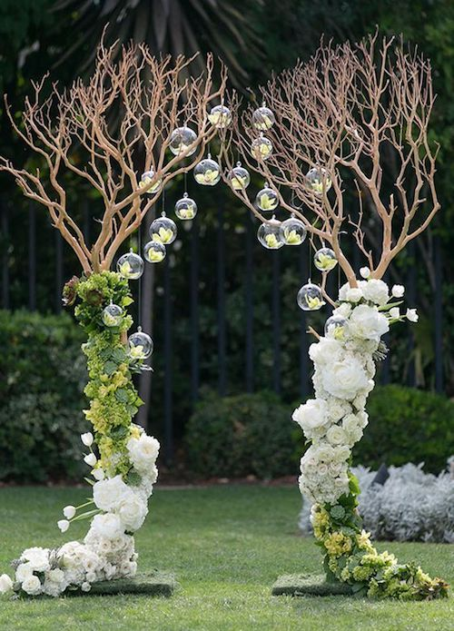 Head over heels in love with this whimsical wedding arbor, and you?