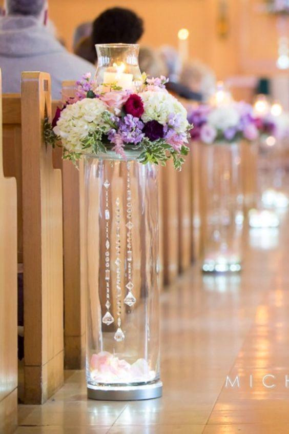Pregunta en la iglesia dónde esta permitido decorar antes de invertir en arreglos florales.
