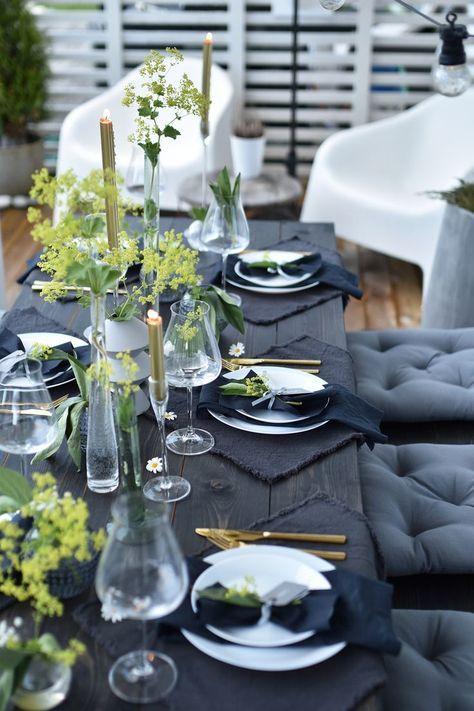 Deja que luzca tu mesa. Combo en negro, gris y verde. Tips para decorar las mesas del banquete de bodas. Maren baxter photography.