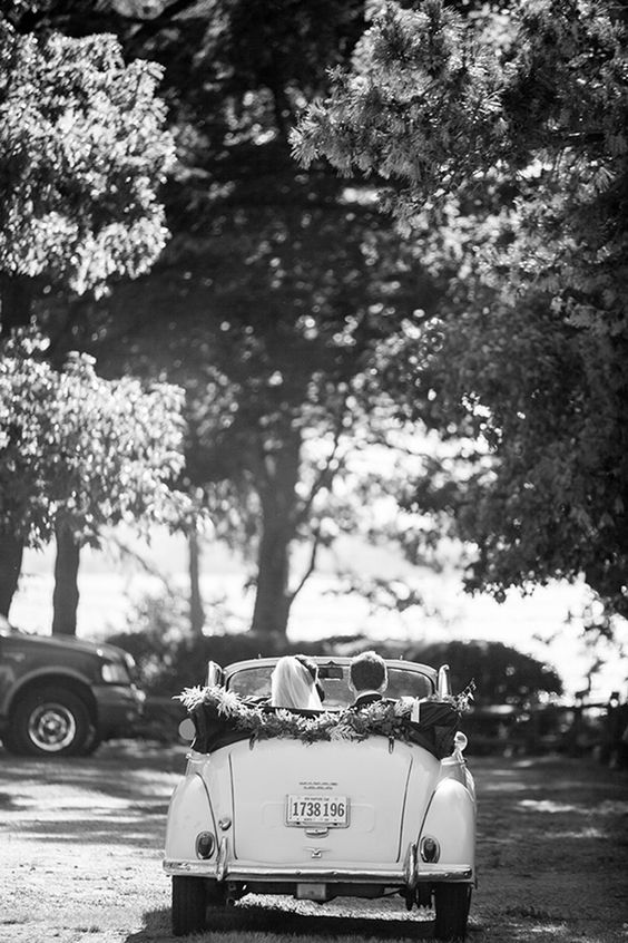 Simple and cute wedding getaway car decor ideas. Check them out!