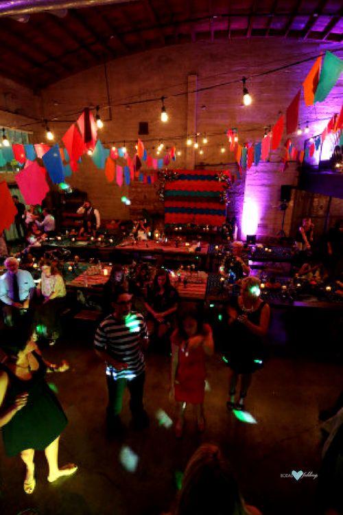 A la hora de la diversión ¡hay que elegir las mejores canciones para bailar en una boda!