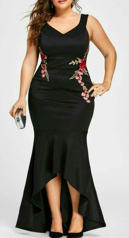 We rounded up the trendiest plus sized wedding guest dresses for our beautifully curvy readers. Pick yours!