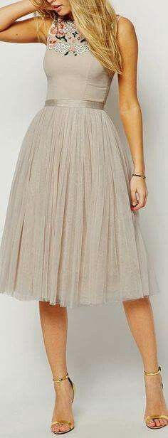 Summery, airy and elegant two piece bridesmaid dress.