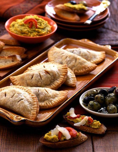 Las empanadas de la zona de La Rioja y Catamarca Argentina para un buffet de bodas exquisito.