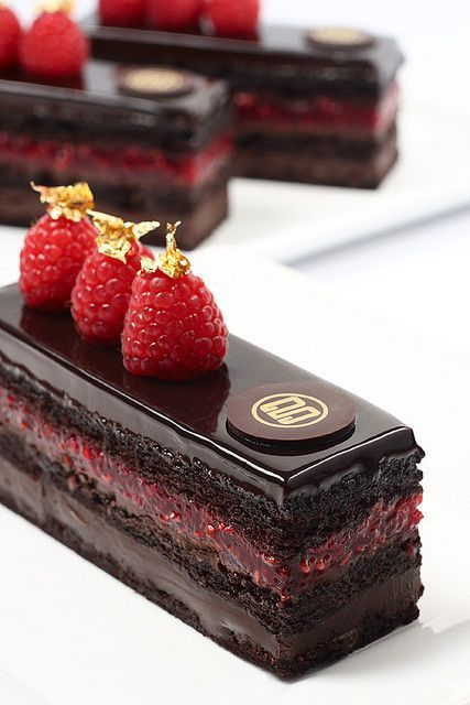 There's no obligation to have a groom's cake at a wedding. He can choose a few confections for the reception's dessert table. Like these raspberry chocolate mini cakes. Photo: Gerald Goh.