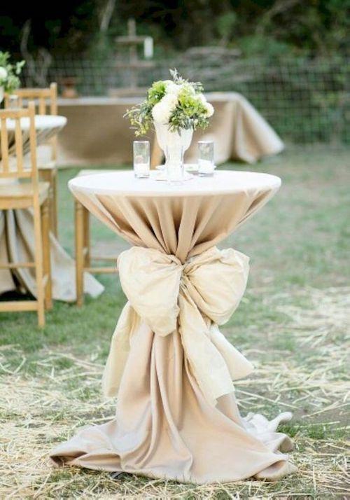 Ideas elegantes y económicas para la decoración de una boda en tu jardín.