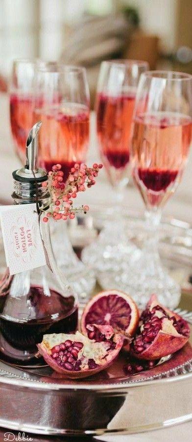 Acompaña tu lunch de civil con vino rosado y tinto. Foto: Debbie.