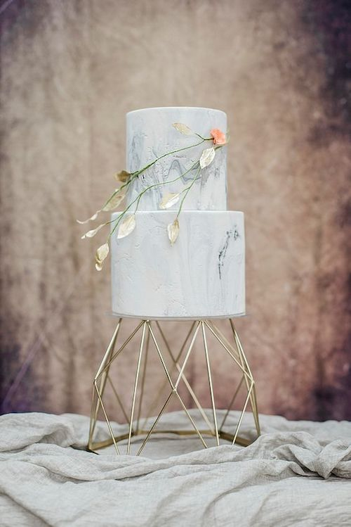 Marble iced wedding cake by Cottonwood Bakery. Sophie May Photos.