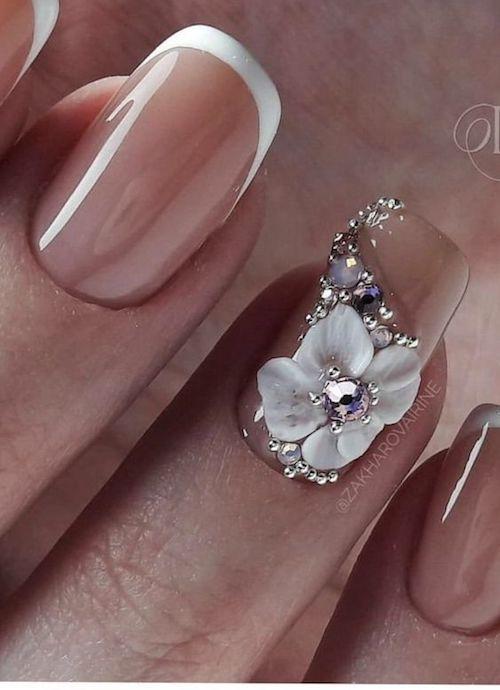 Embelesadas con estas uñas decoradas para novias, ¿y tu?