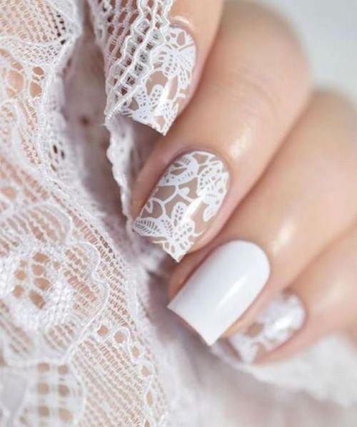 El diseño de uñas imitación encaje más dulce.