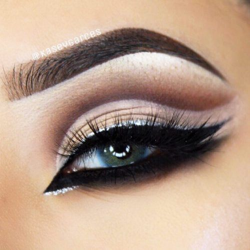 Properly applied winged eyeliner will define your eyes. So perfect for a night out.