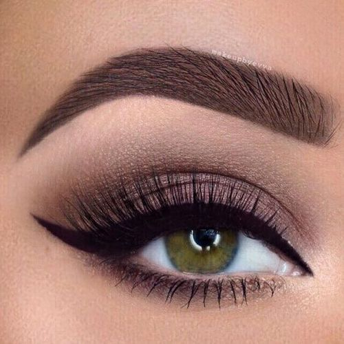 Winged liner for almond eyes - good for day or night.