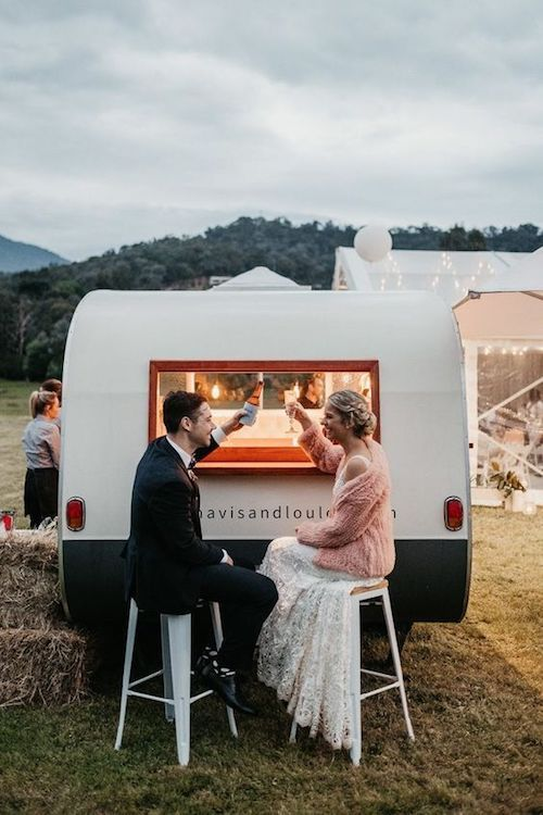 No need for a kitchen when you bring in the most adorable food truck! Photo: Daniel Milligan Photography.
