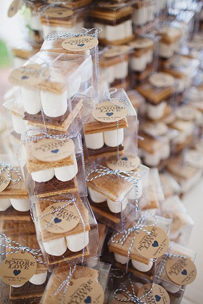 S'mores kits for the most ingenious ideas for your fall backyard wedding.