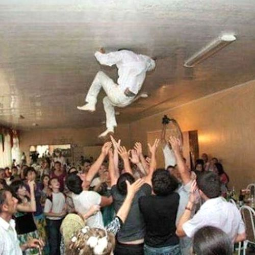 Time to show the groom how much his guests love him. Here are some of the best wedding fails ever.