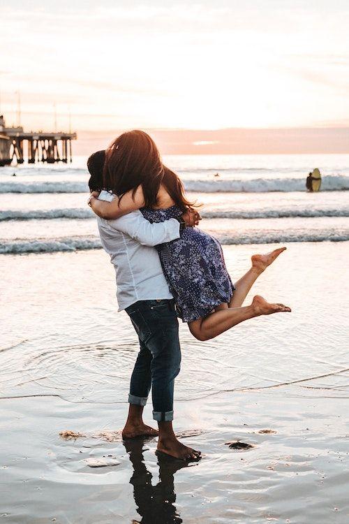 """Su """"sí"""" marca el comienzo de toda una vida juntos. Haz ese momento memorable. Foto: Tyler Nix/BYW @jtylernix Venice Beach, California."""