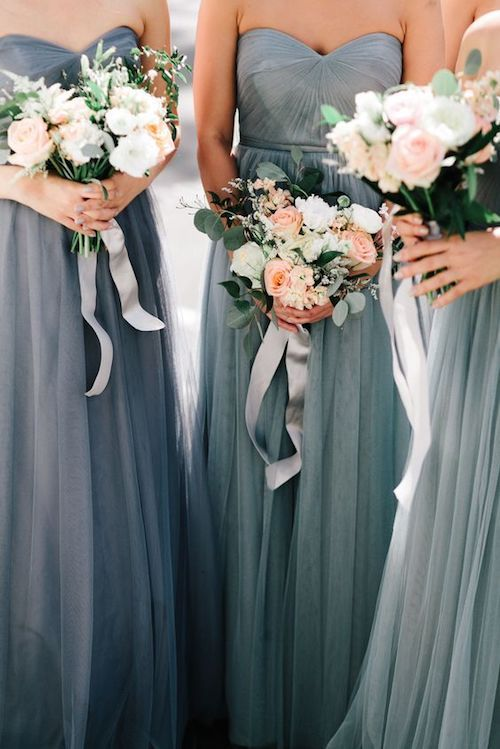 Soft and romantic gray color combinations for spring weddings.