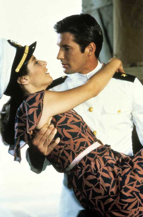 Ideas de película para proponer matrimonio. Debra Winger y Richard Gere en An Officer and a Gentleman.
