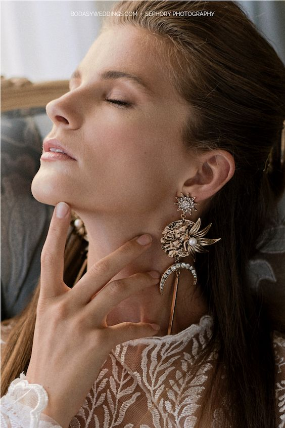 Those earrings will have everybody in awe! By Kitte Jewellery.