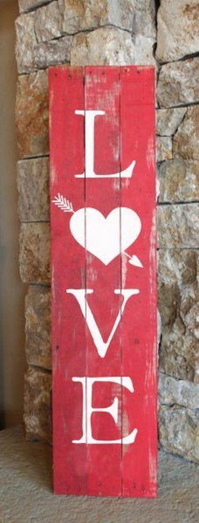 Si eres creativo, le puedes hacer un regalo a tu chica como este cartel de amor de Vanchitecture.