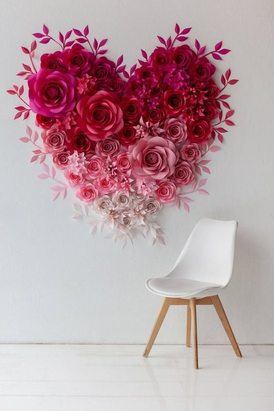 ¿Prefieres comprarle un corazón de rosas como este?