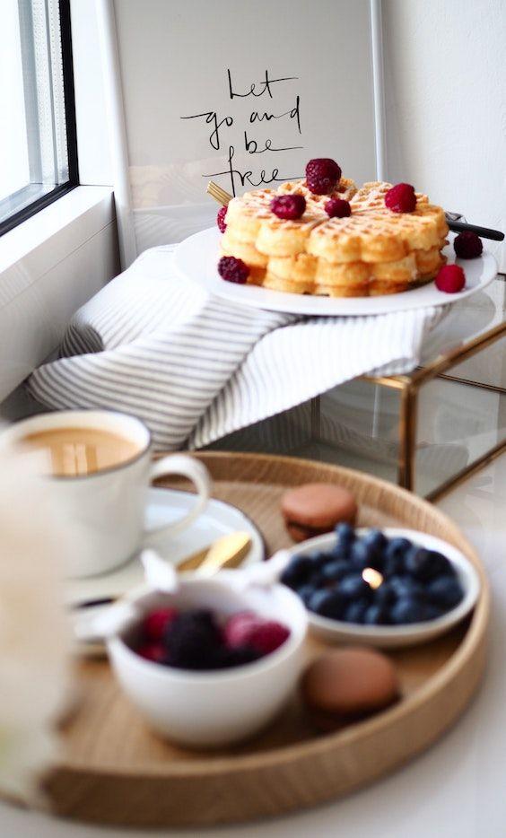 Prepara el desayuno más romántico y delicioso.
