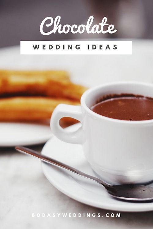 Yummilicious Mexican hot chocolate or champurrado with churros. Did you know that it releases feel good vibes? A must-try for any bride while planning her wedding! Photo: Oscar Nord/BYW.
