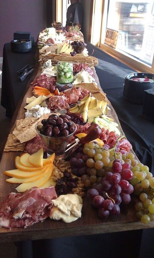 Brunch wedding charcuterie table.