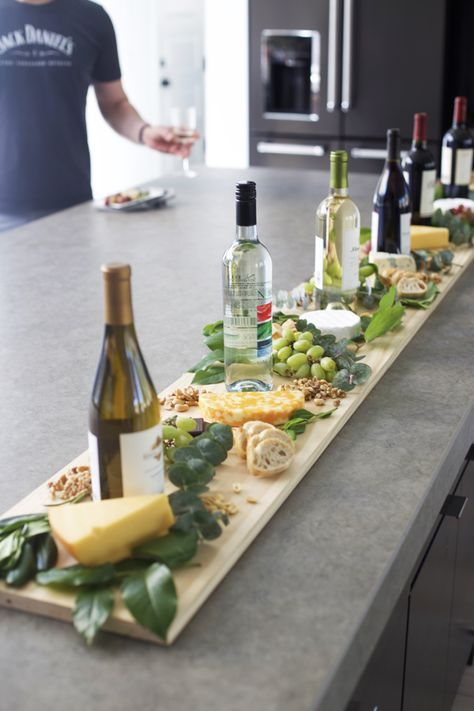 Minimalistic cheese board for an intimate wedding. Photo: kitchenaid.