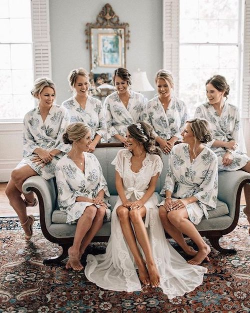 How many bridesmaids should i have? The answer to this and many more questions on how to choose bridesmaids for your wedding. Photo: bethanysmallphoto.
