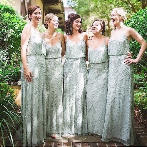 What do you think? Will you choose the same outfit for the maid of honor than for the bridesmaids?
