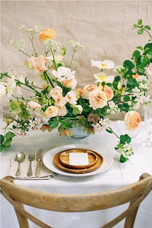 Incorpora la frescura del jardín en las mesas de tu recepción. Foto: Magnolia Rouge.