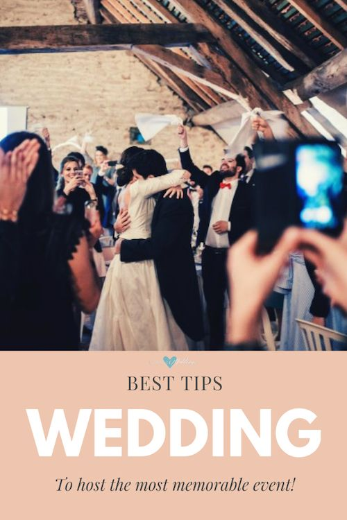 If you are hosting a daytime outdoor wedding, try to reserve a more enclosed space for the dance part of the reception.