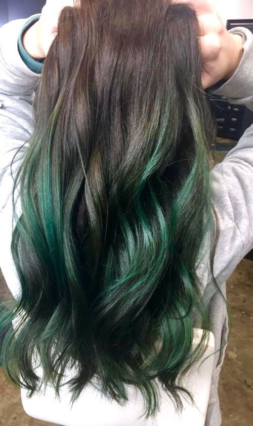 Wedding-worthy emerald green balayage.