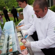 Original ice cream bar ideas for your wedding reception.