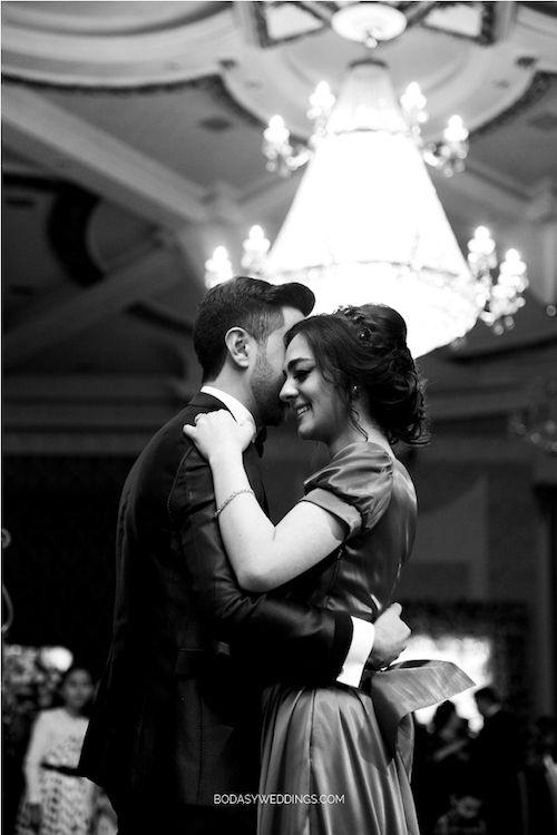 Los pros y contras de ir sola a una boda. Spoiler alert! Hay más pros que contras. Foto: BYW